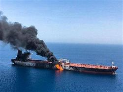 iran-ship-fire